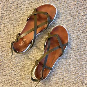 MIA strappy olive sandals - Size 6.5